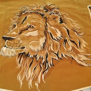Gorgeous Lion Head Painted Tapestry